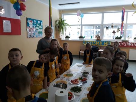 Jemy zdrowo i kolorowo - warsztaty z panem Maciejem Maciejewskim